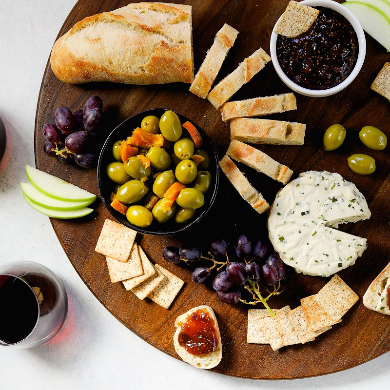 Sweet & Spicy Cheese Plate