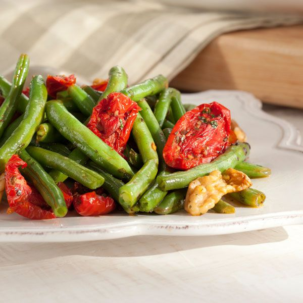 Green Beans Sautéed with Roasted Red Tomatoes