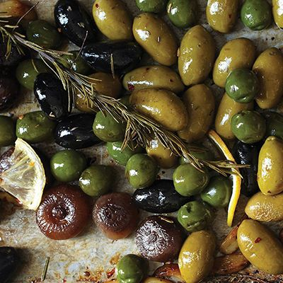 Roasted Olives & Balsamic Onions